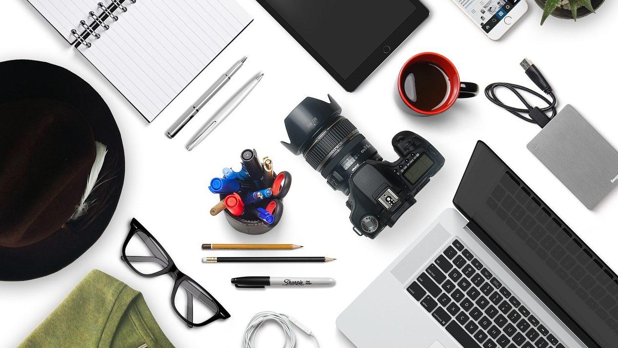 カメラとその他アイテムの画像